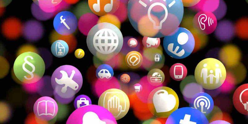 Quelle est la différence entre un Community manager et un Social Media manager